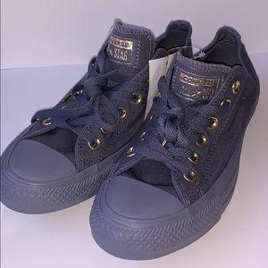 Gray low-top Converse